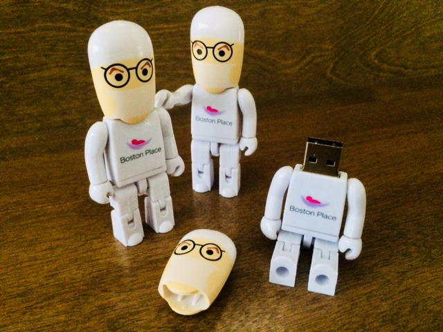 USB figurines